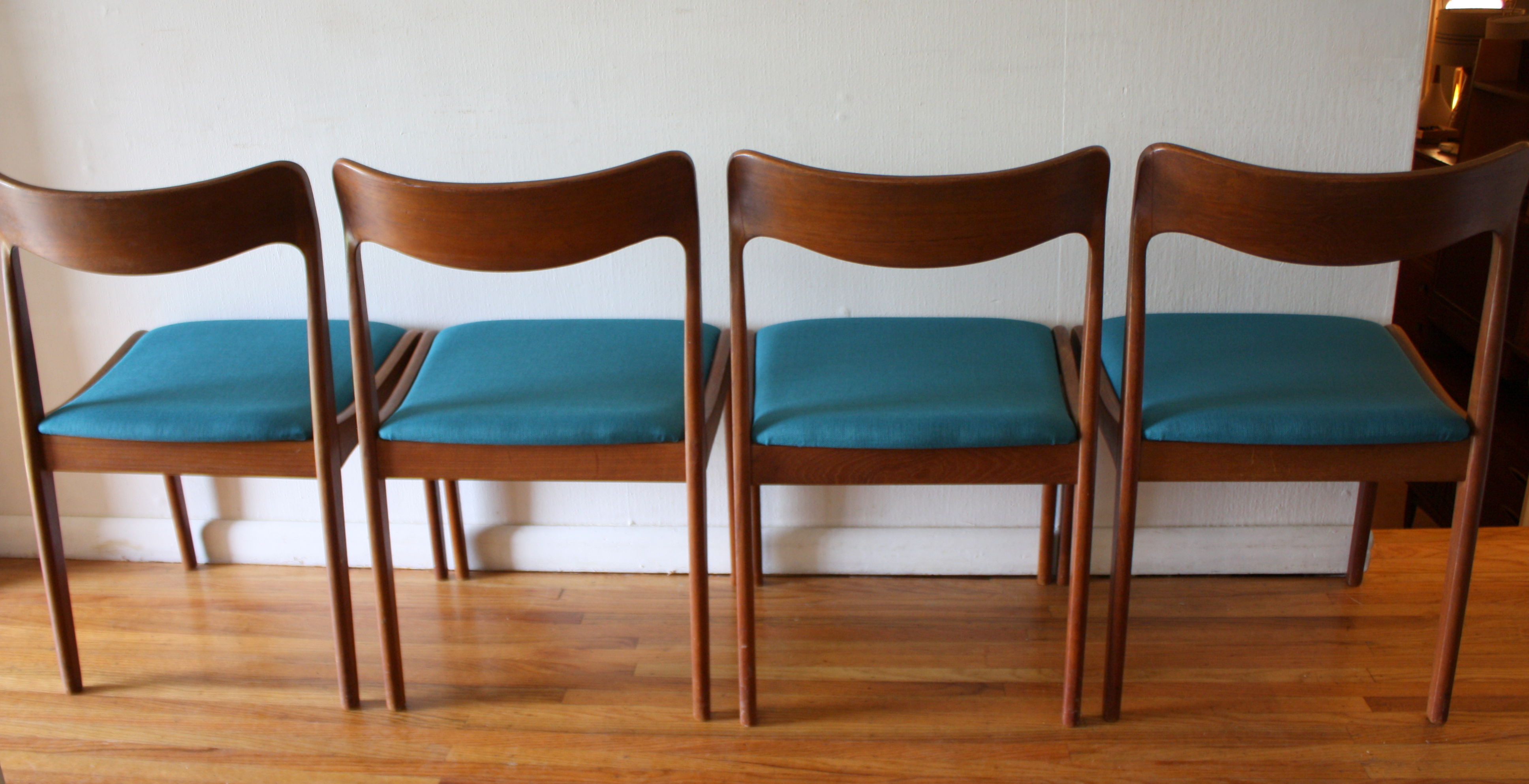 Mid Century Modern Danish Teak Dining Chairs And Folding