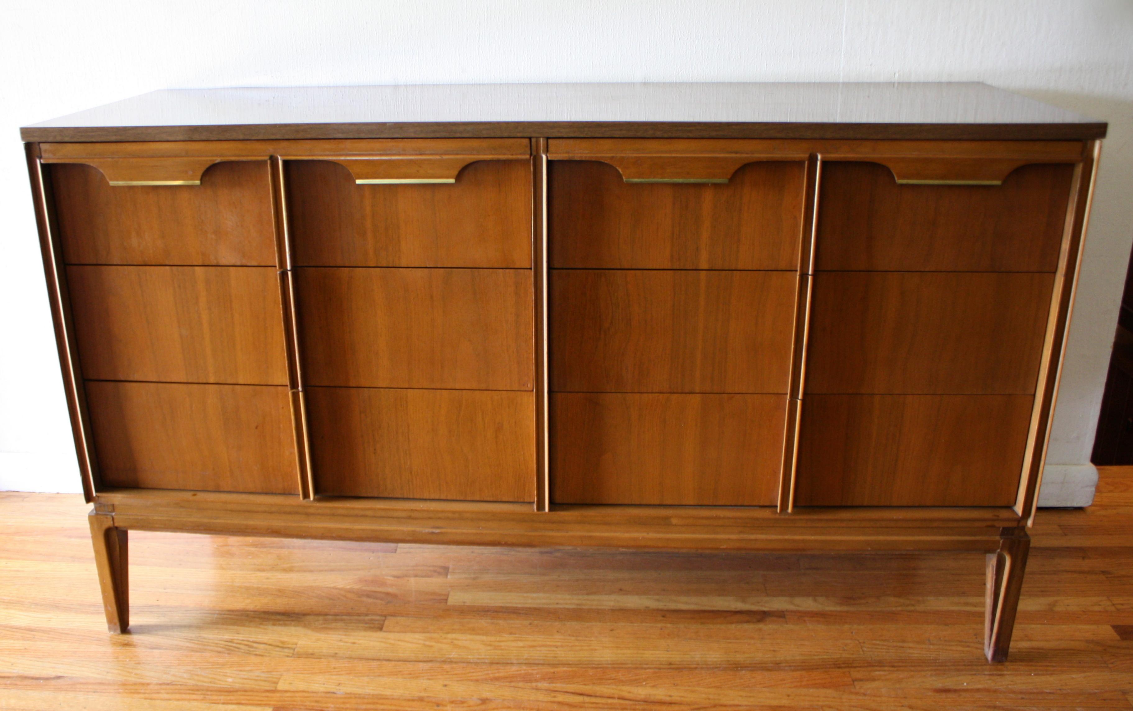 BasicWitz 6 drawer dresser brass handles 1