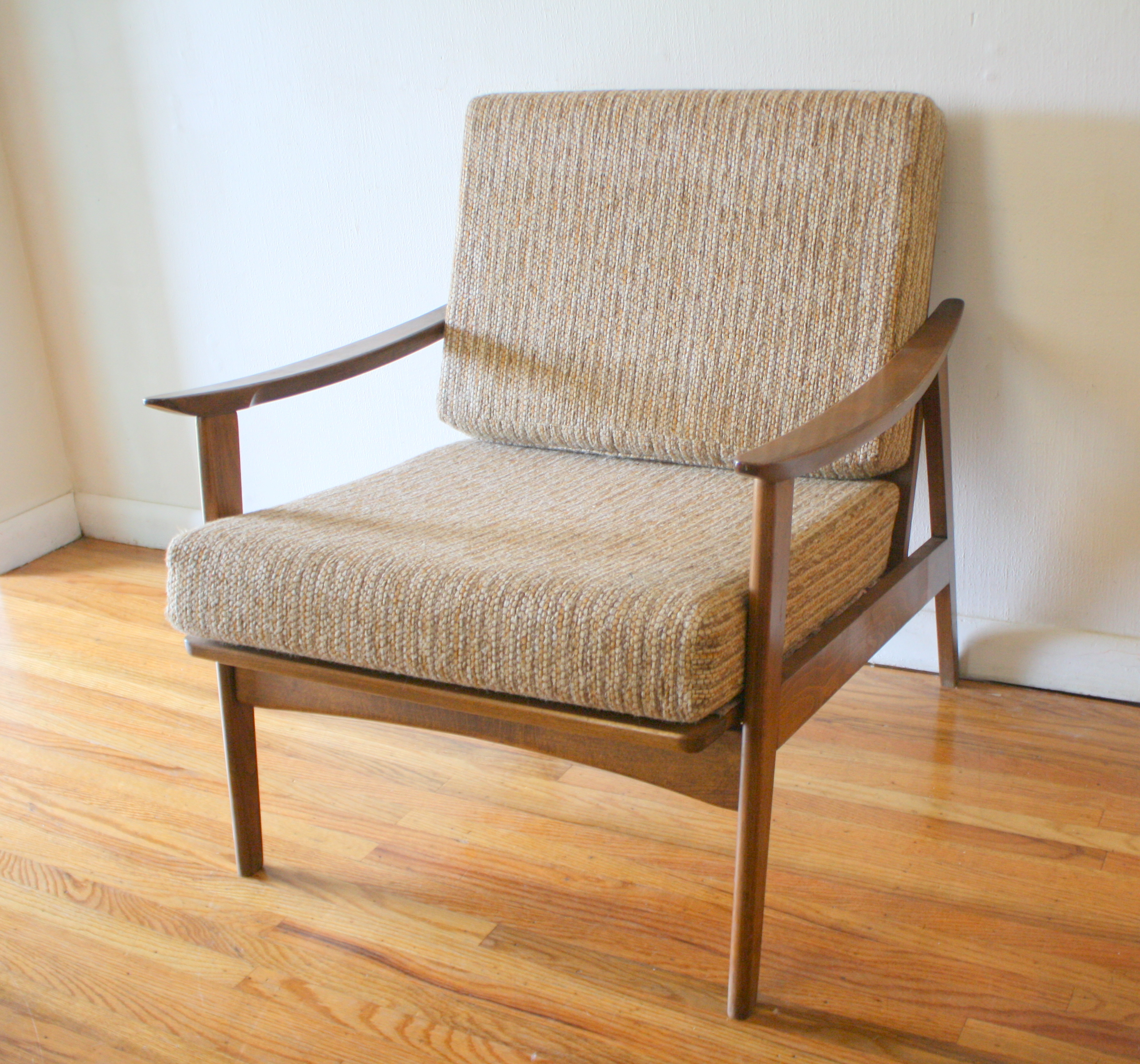 Nice Hans Wegner Style Arm Chair 1