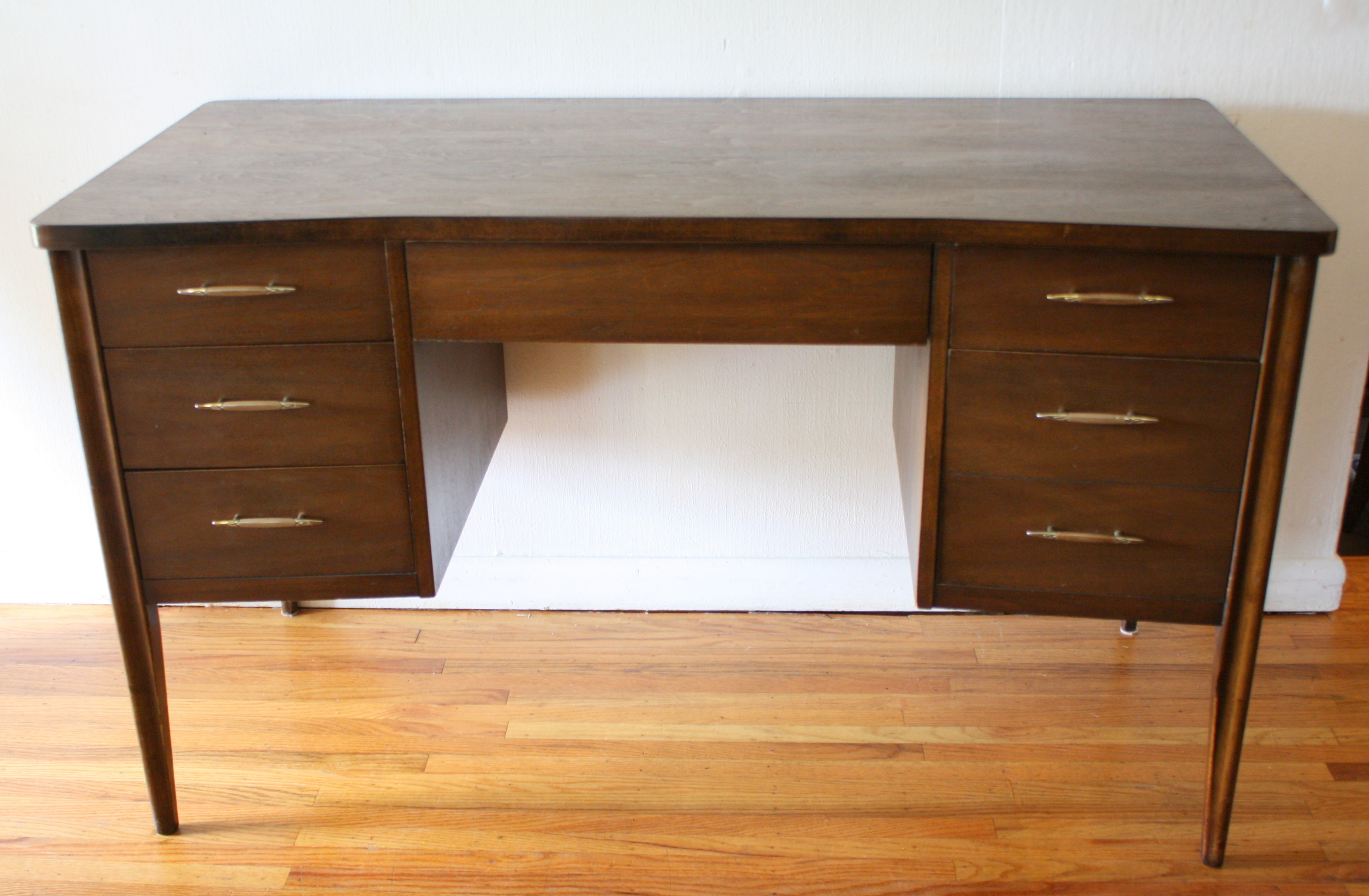 Mid Century Modern Desk from the Broyhill Saga Collection