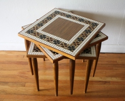 clover nesting tables 1