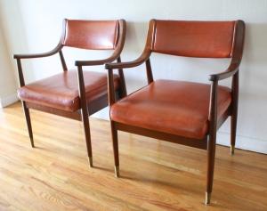 mcm pair of orange chairs 3