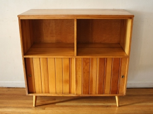 Mastercraft record shelf unit 1