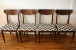 mcm dining chair set of 4 with black and white chevron 2