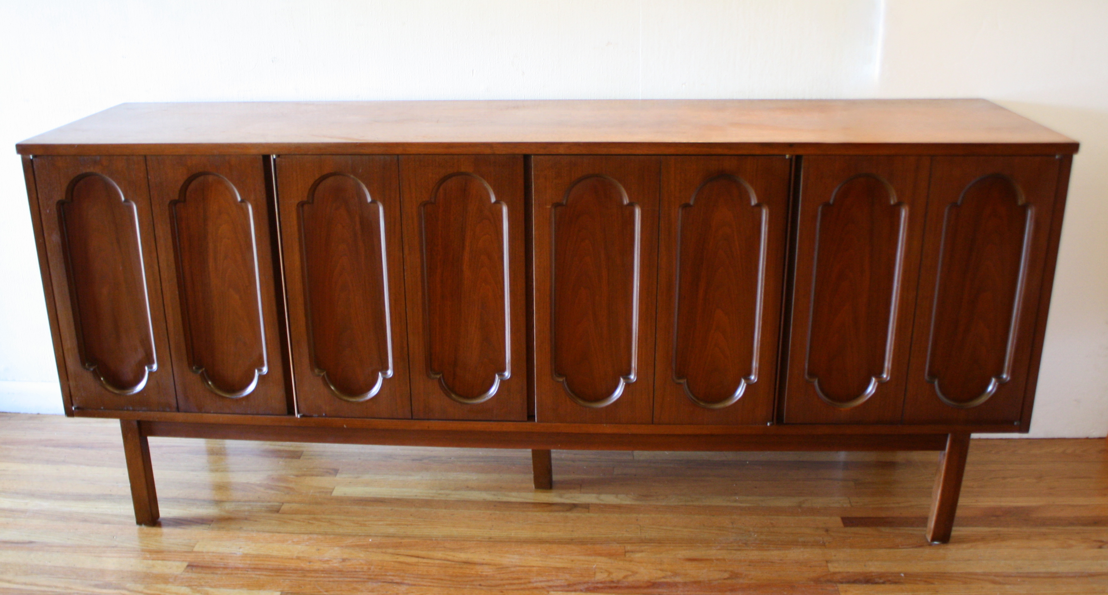 Van Sciver credenza with sculpted doors 1