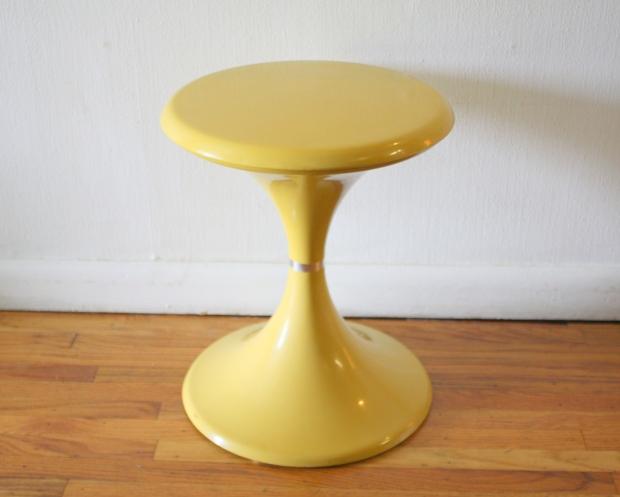 yellow mod stool table 1