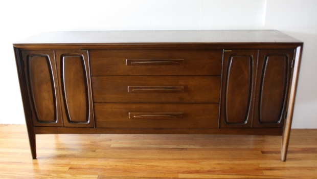 Broyhill Emphasis dual cabinet credenza 2.JPG