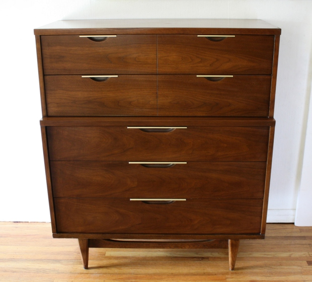 Mid Century Modern Dressers And Nightstands From The Kent Coffey - Kent coffey bedroom furniture