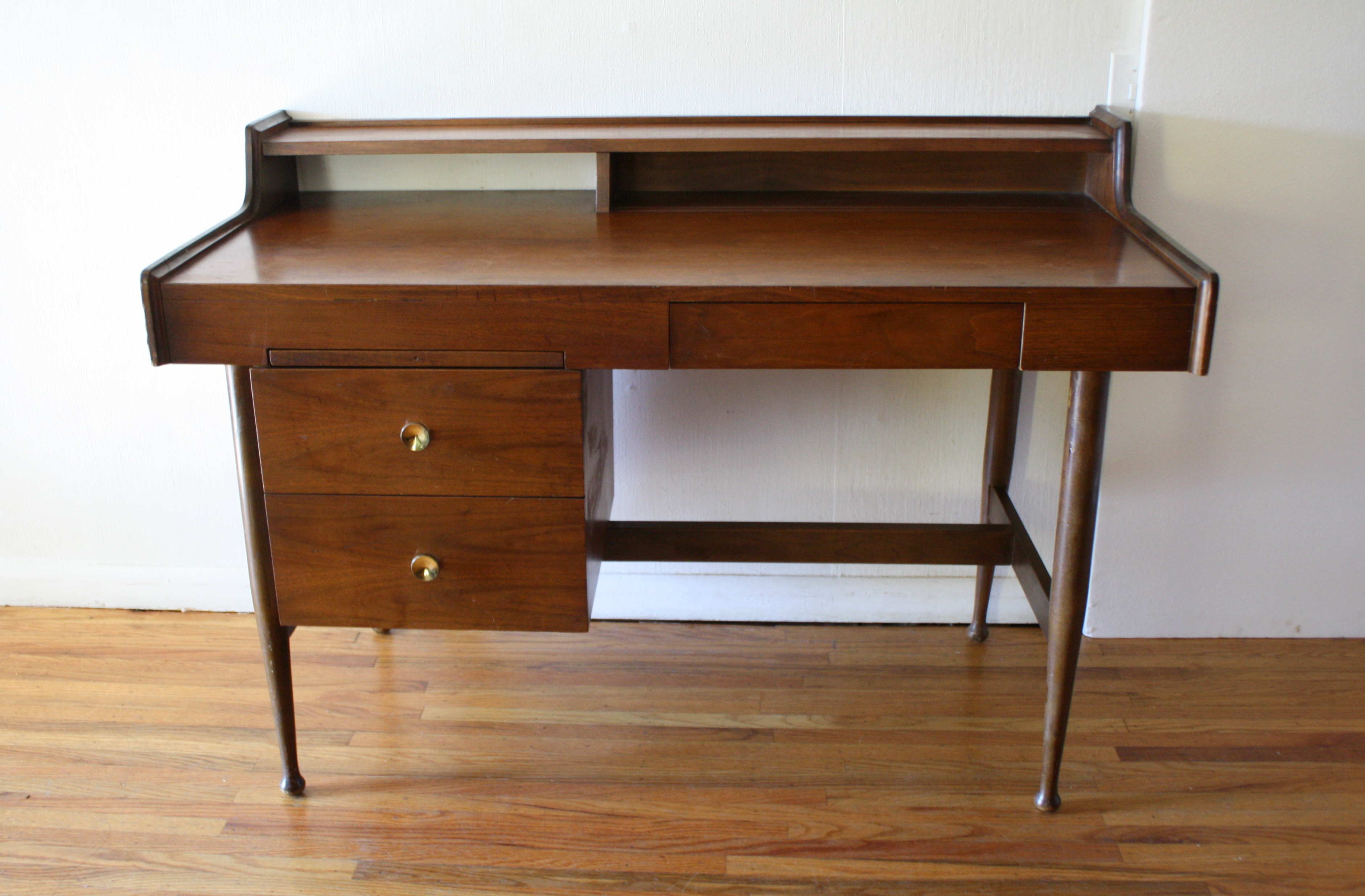 Mid Century Modern Desk By Hooker Picked Vintage