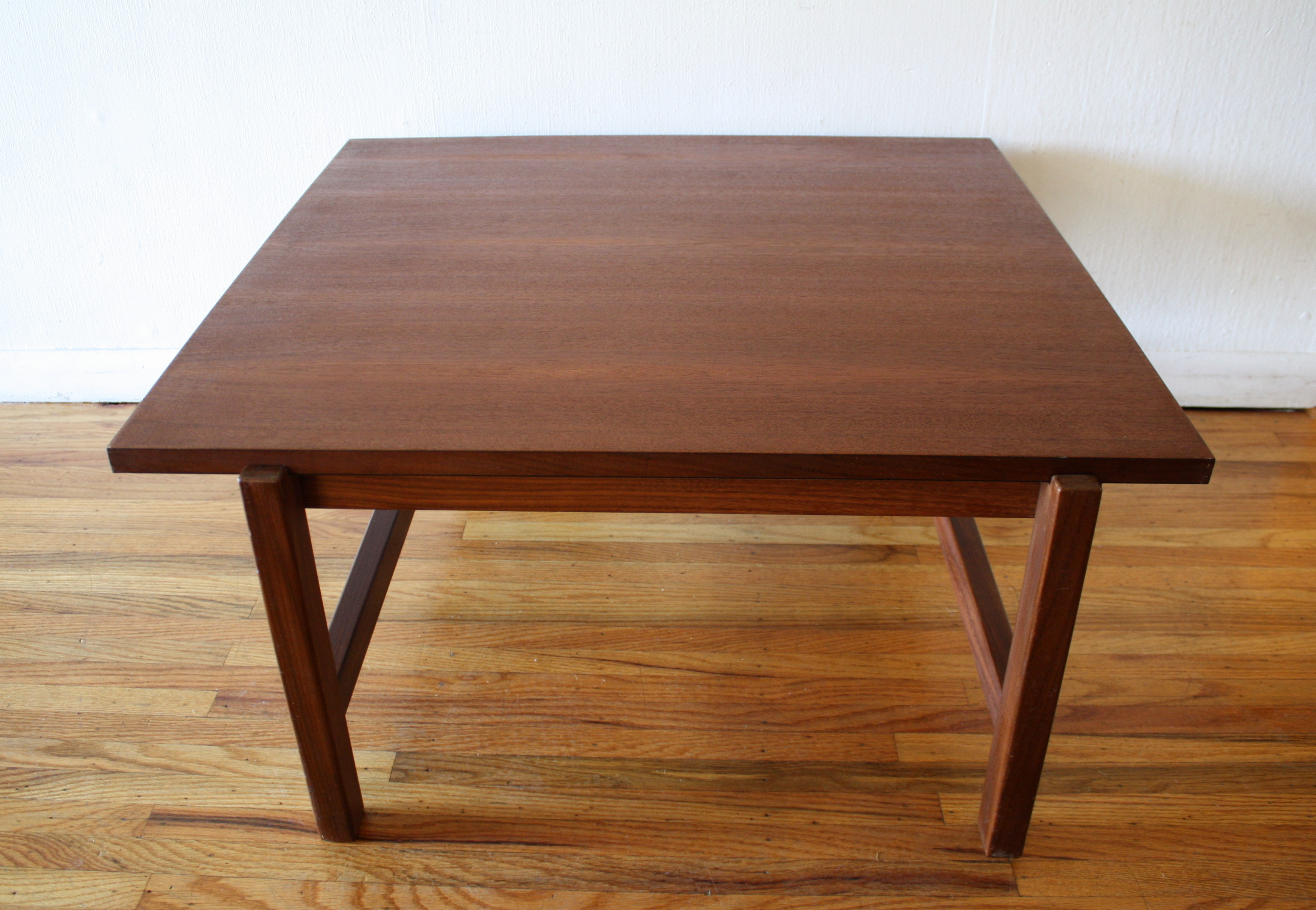 mcm reversible coffee table 2