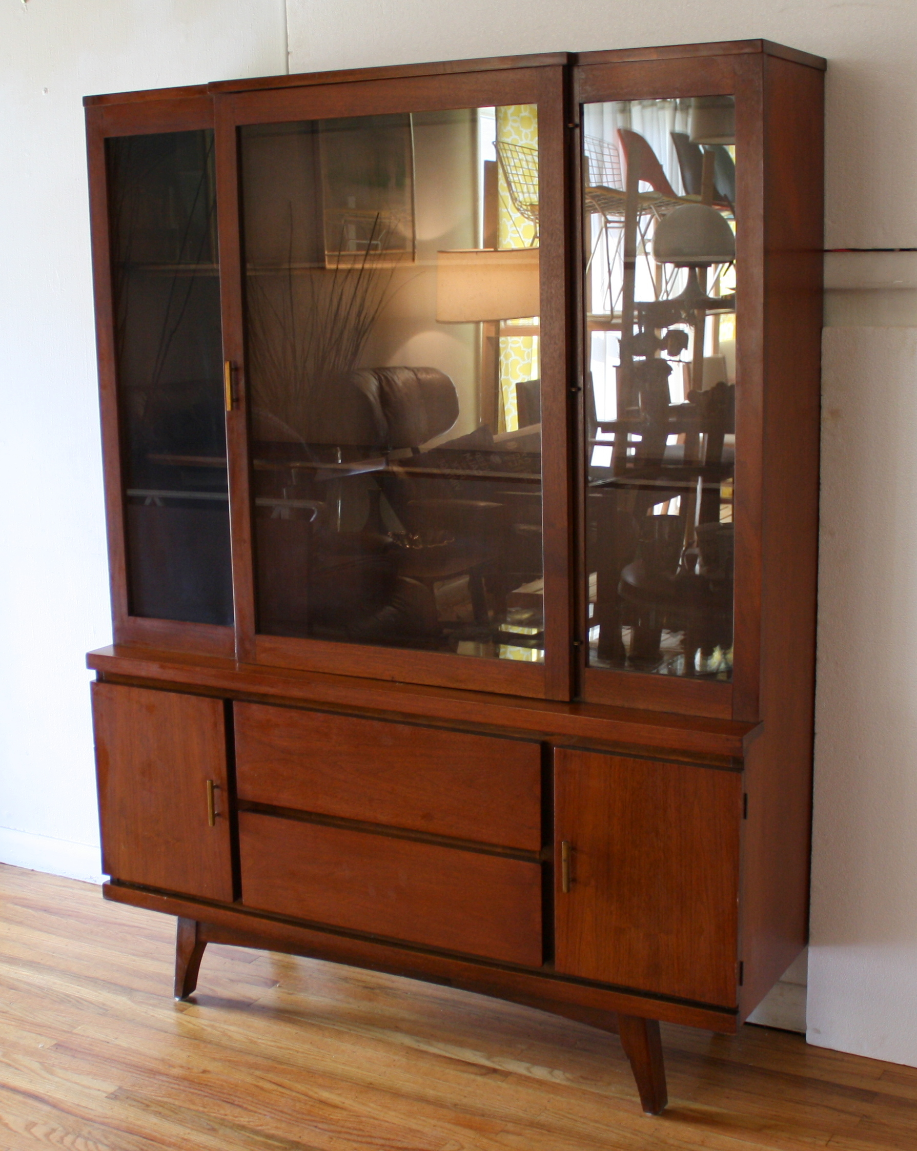mid century modern china cabinet hutch picked vintage rh pickedvintage com mid century modern china cabinet bassett mid century modern china cabinet