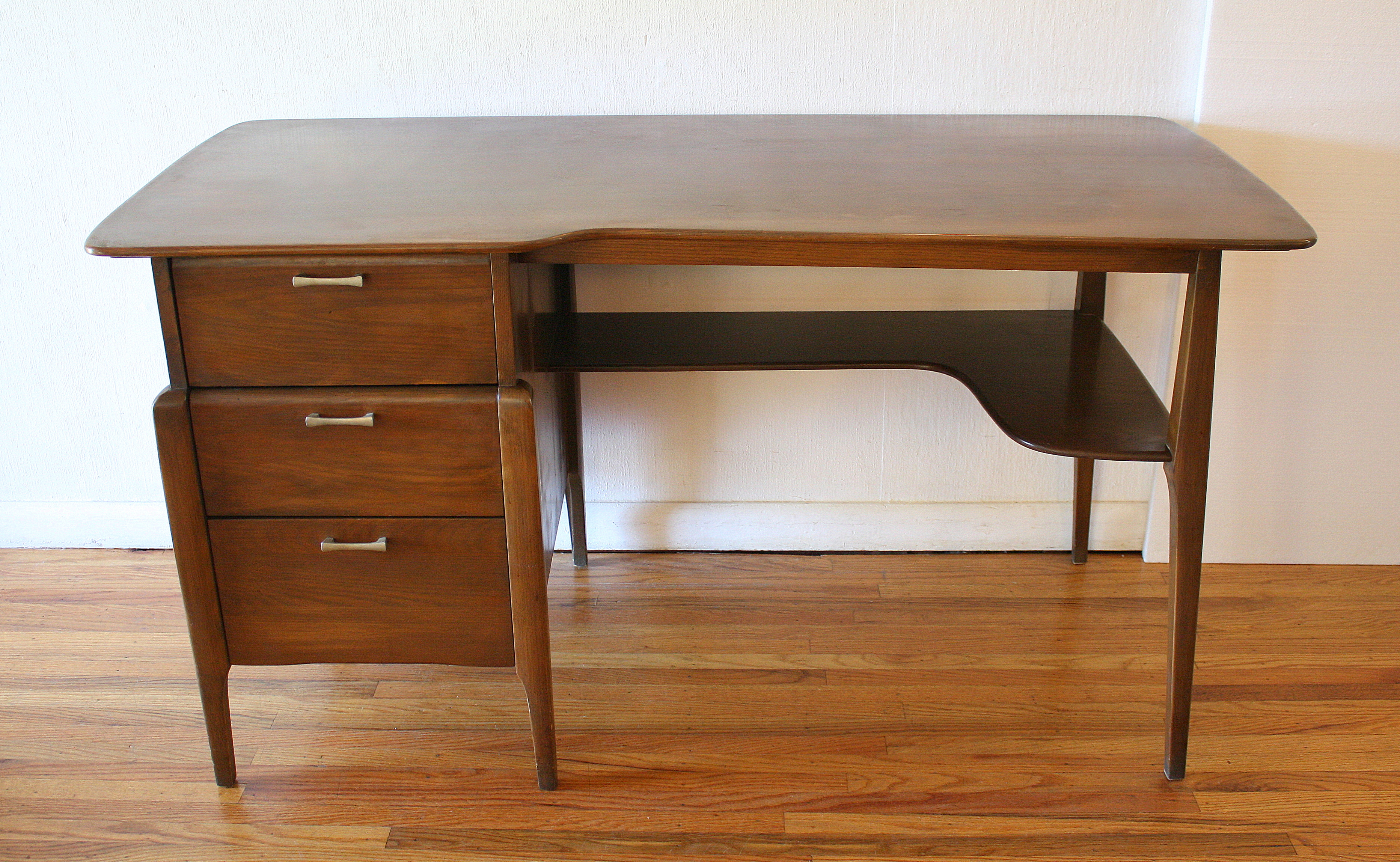 Mid Century Modern Credenza And Desk By Heywood Wakefield