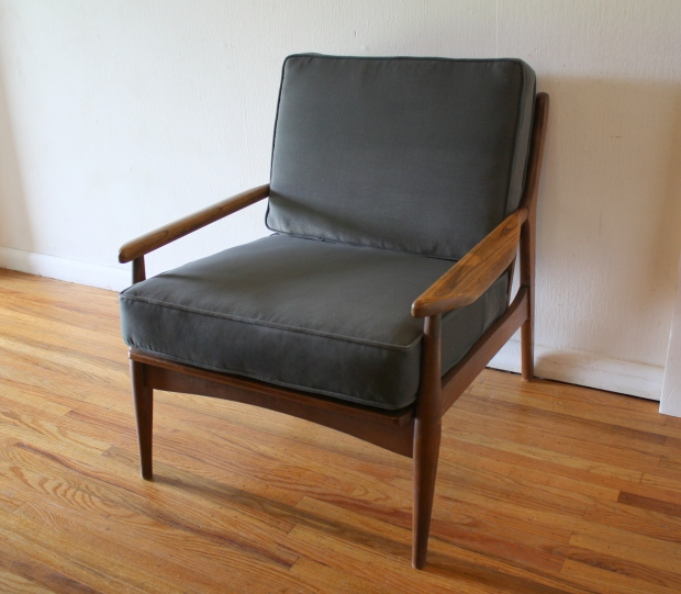 mcm arm chair elephant gray velvet 1.JPG
