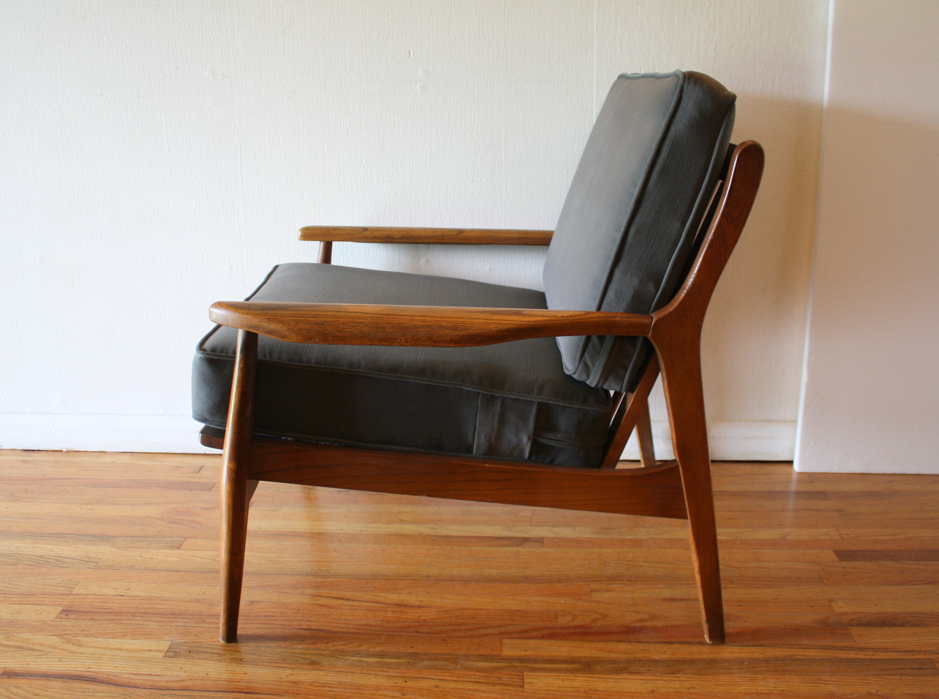 Pleasant Mid Century Modern Arm Chair Picked Vintage Machost Co Dining Chair Design Ideas Machostcouk