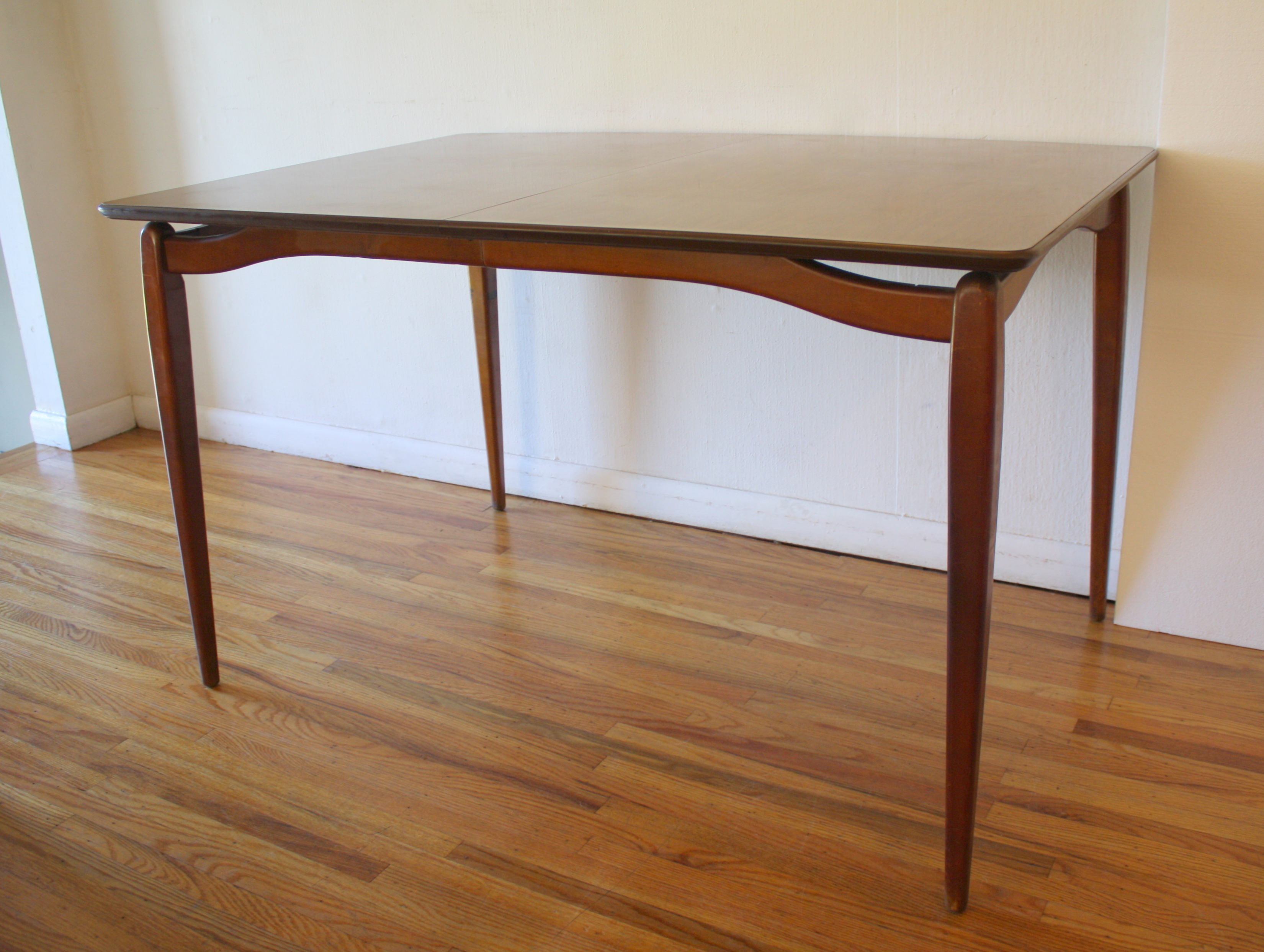 mcm dining table arched base 2.JPG