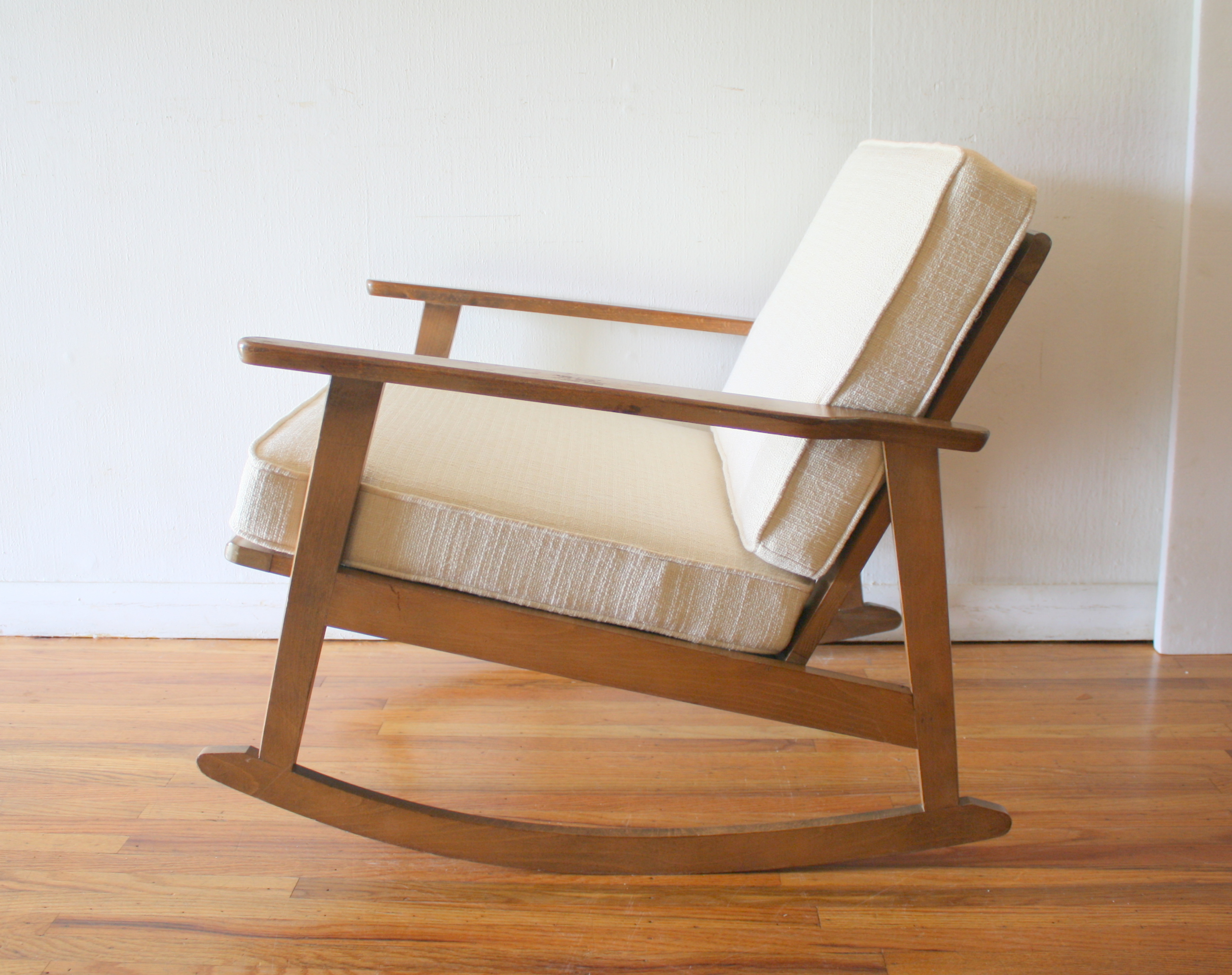 Astonishing Mid Century Modern Rocker Chair Picked Vintage Caraccident5 Cool Chair Designs And Ideas Caraccident5Info