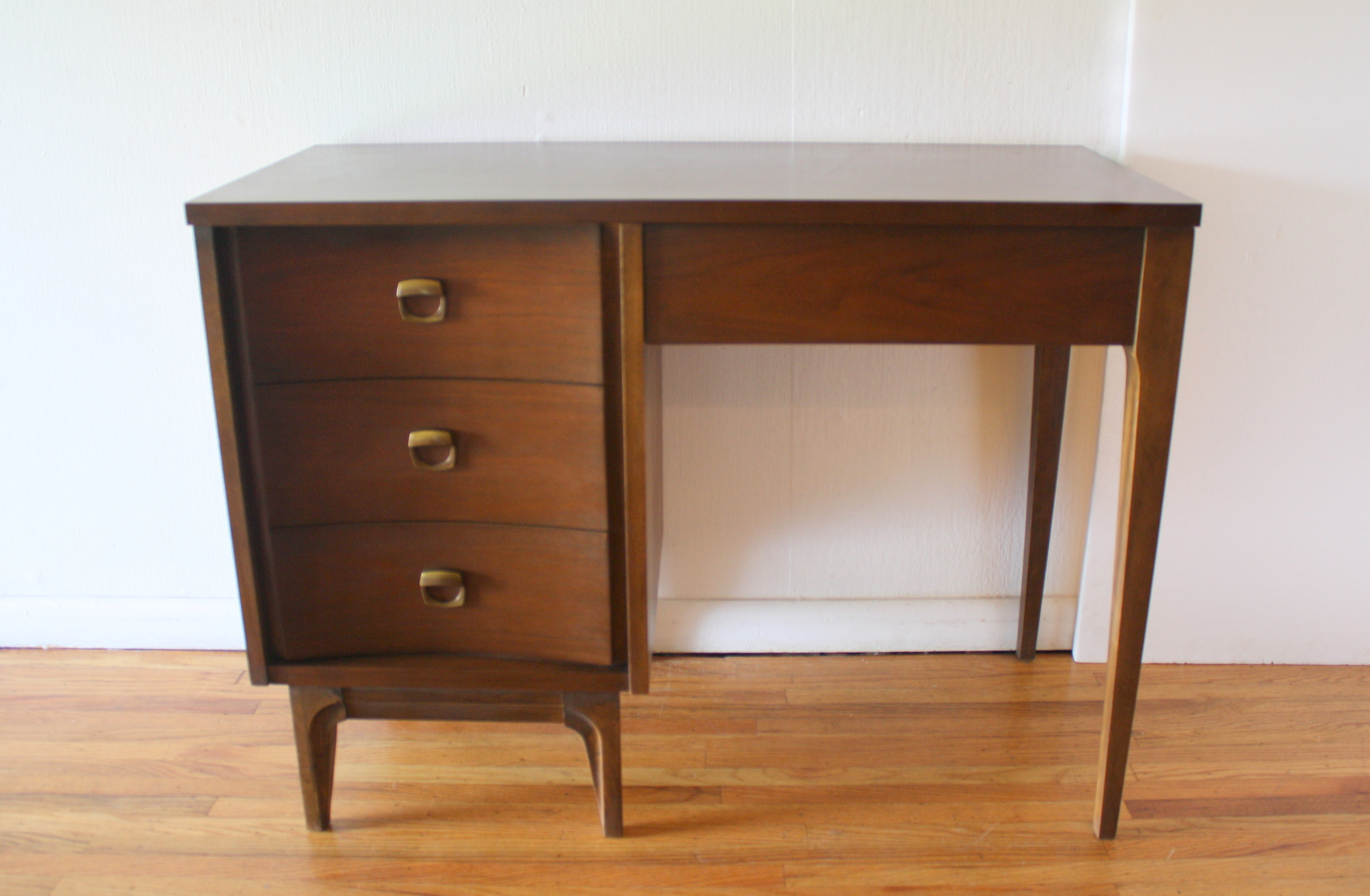 Johnson Carper desk brass pulls 1