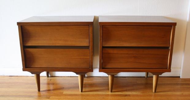 Johnson Carper pair of nightstands 1.JPG