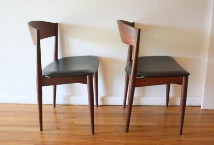 mcm pair of black naugahyde chairs 3