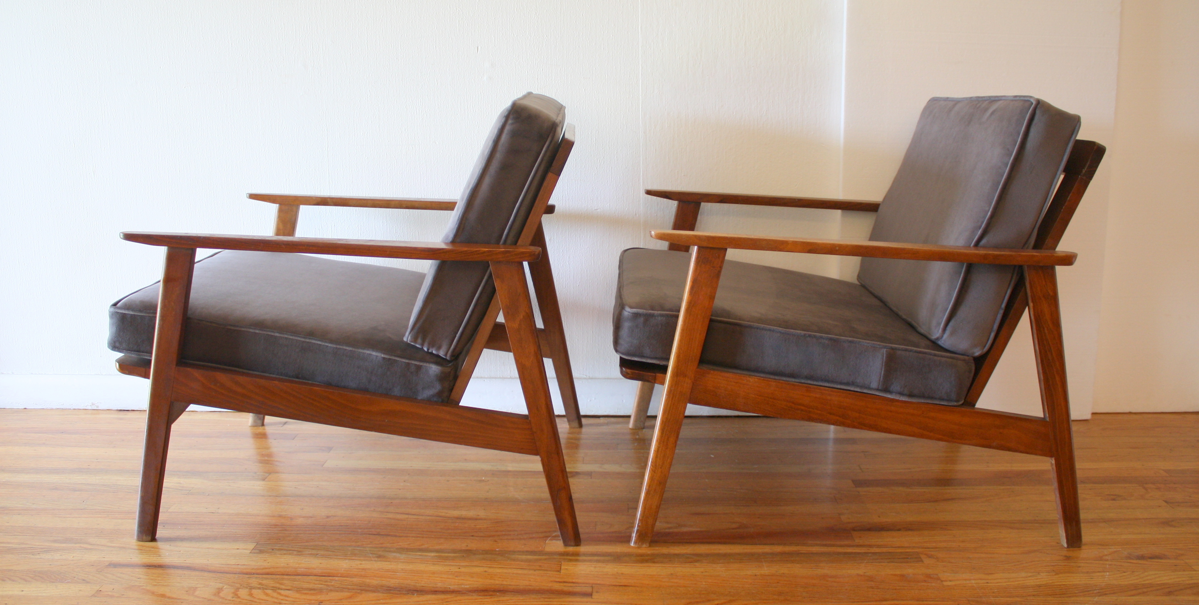 Mcm Pair Of Elephant Gray Chairs 3