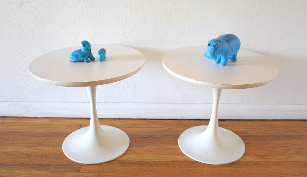 Pair of Saarinen style tables 1.JPG
