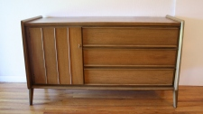 United credenza arched base 2