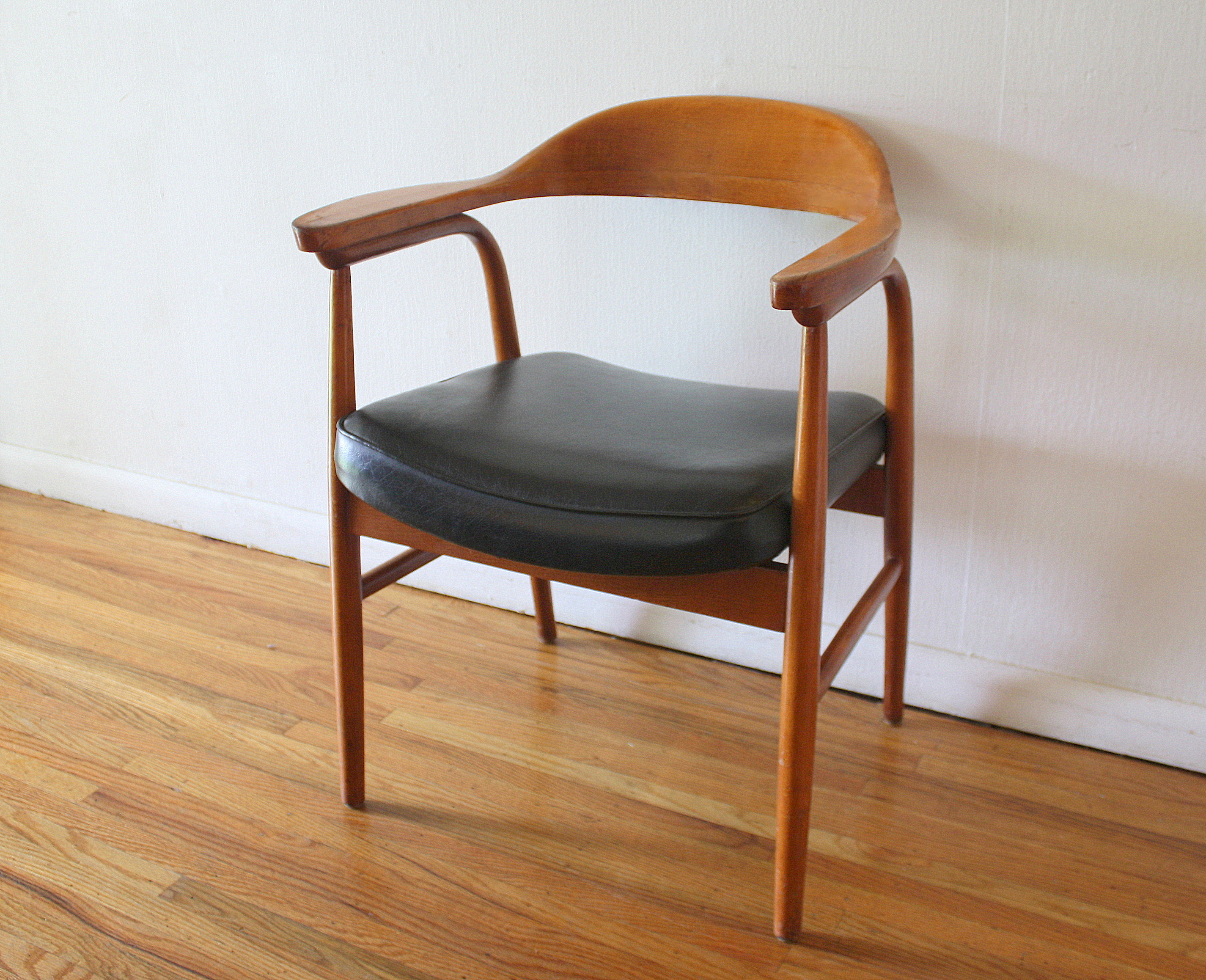 Mid Century Modern Wood Chair ~ Mid century modern arm chair picked vintage