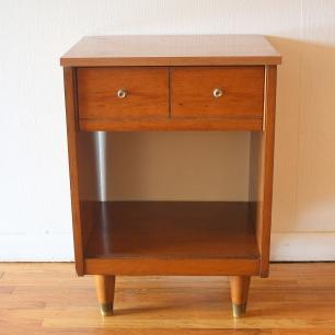 mcm-side-end-table-dual-knob-drawer-3