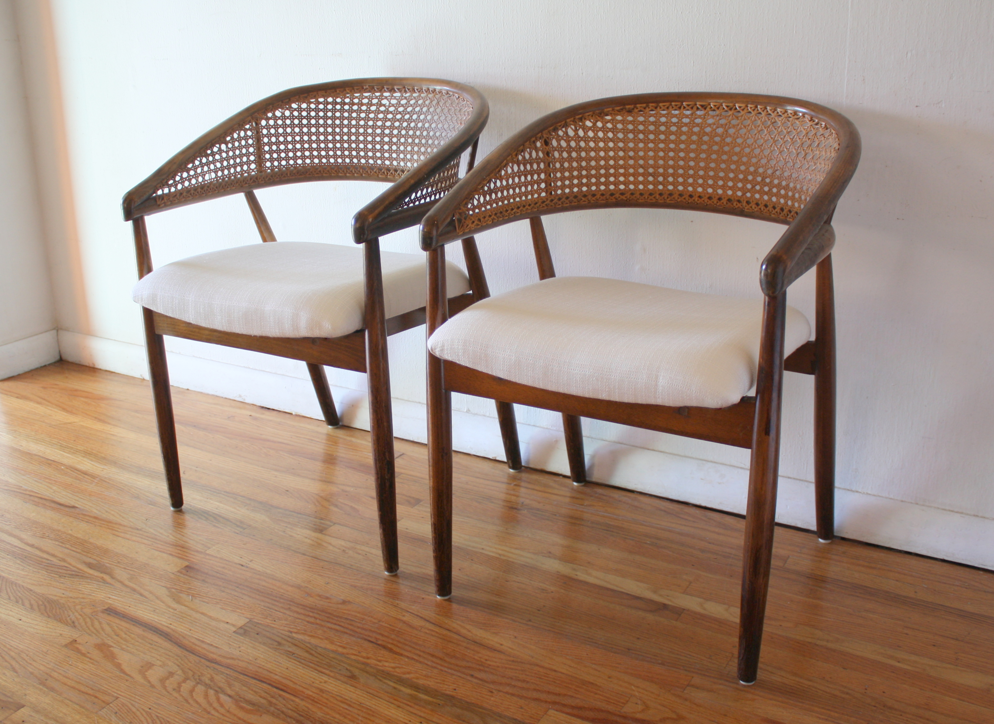 Awesome Mcm Pair Of Rattan Chairs 1