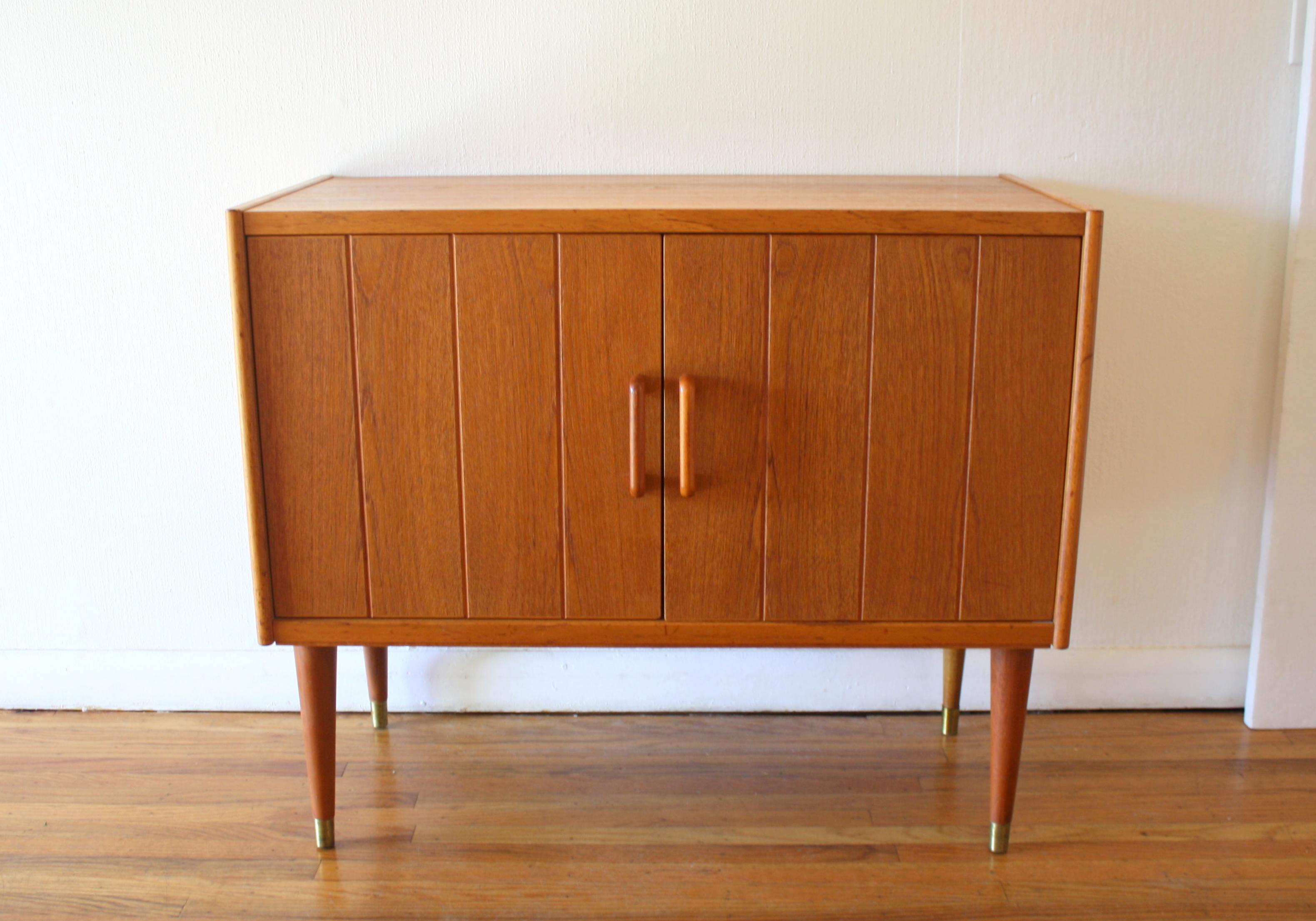 danish-teak-record-cabinet-1