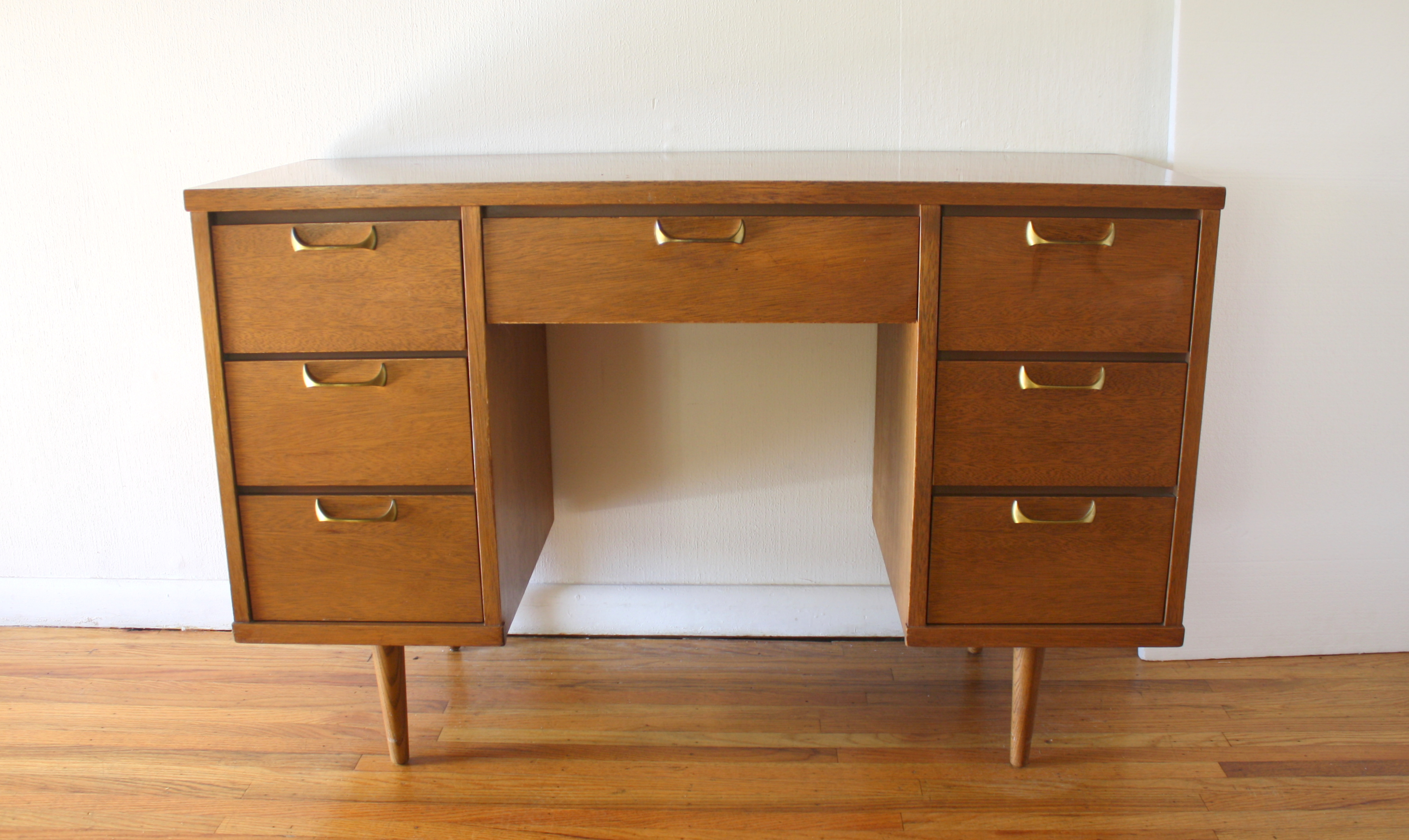 mcm-desk-with-sculpted-brass-handles-1