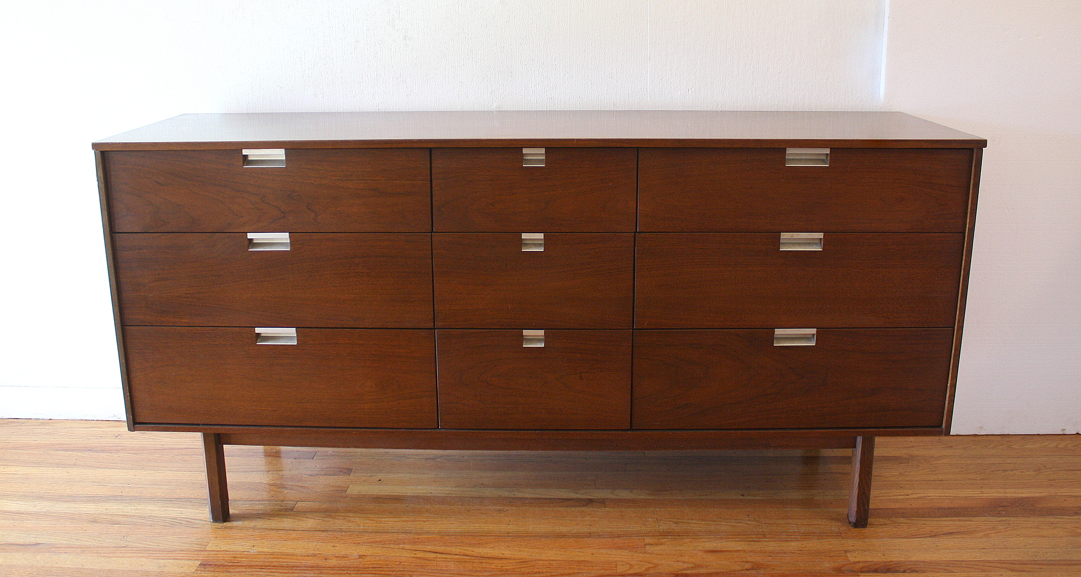 bassett-low-dresser-credenza-with-angled-pulls-3