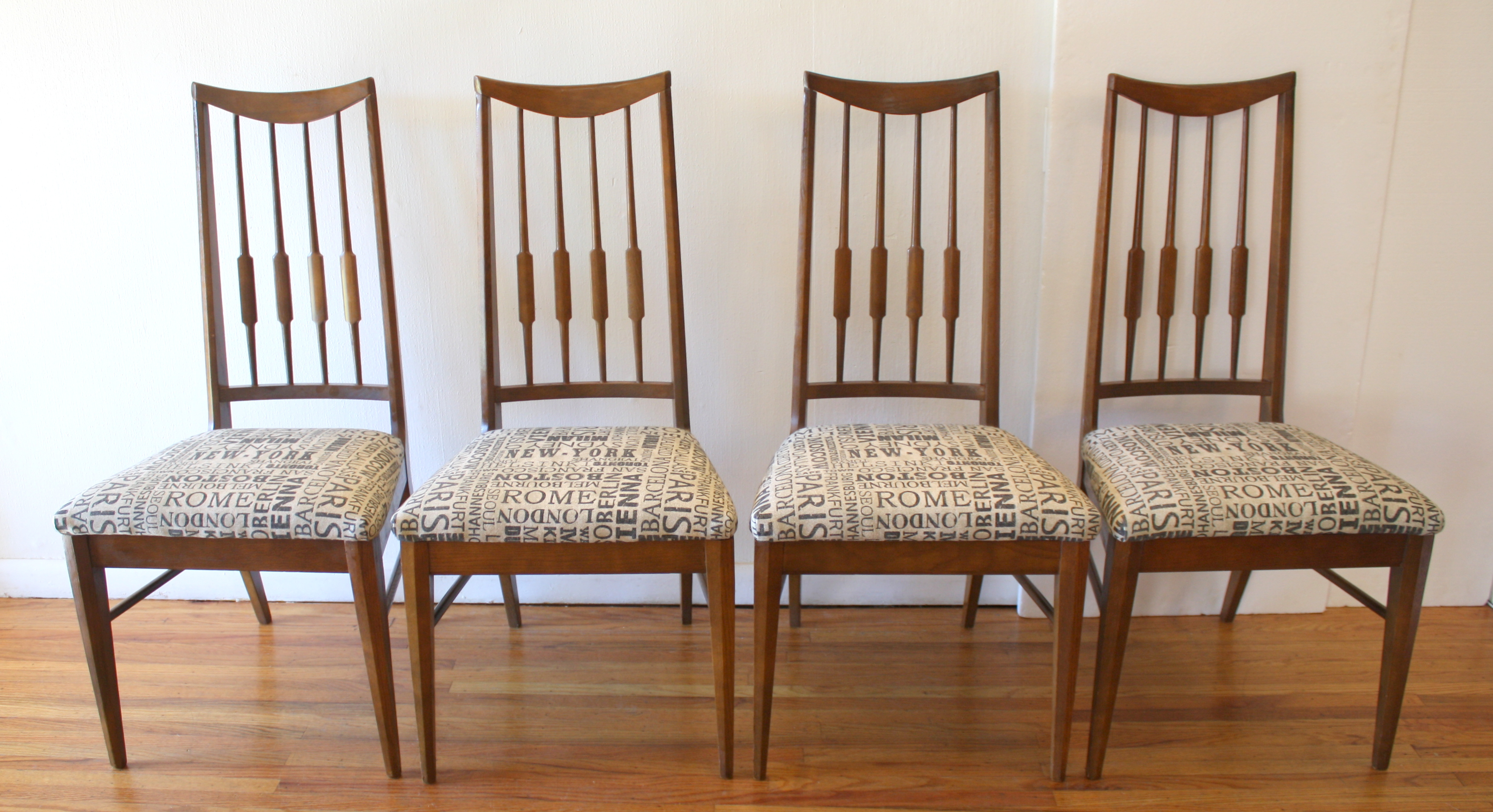 mcm-city-print-set-of-4-dining-chairs-1