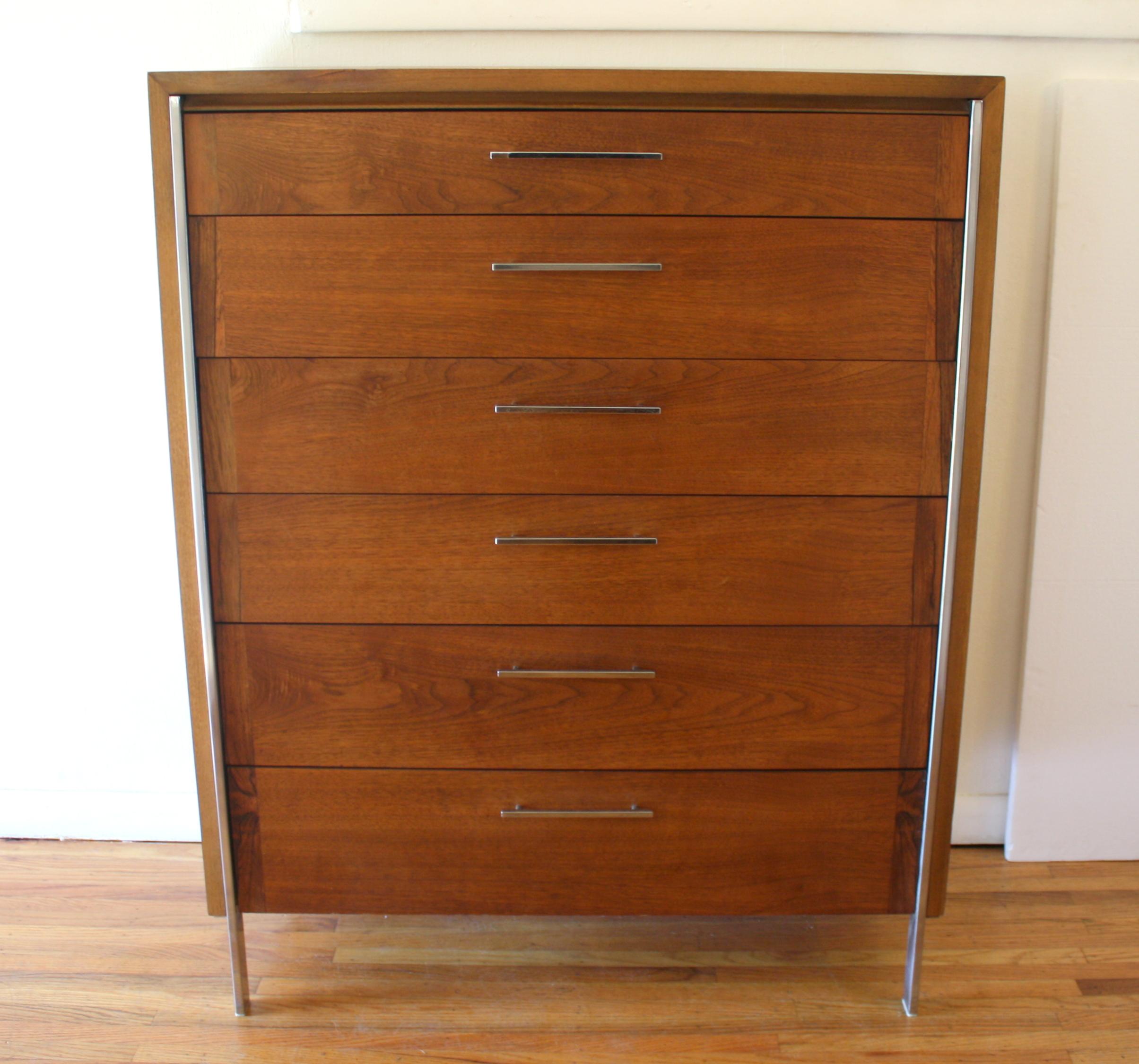Paul McCobb tall dresser 1.JPG