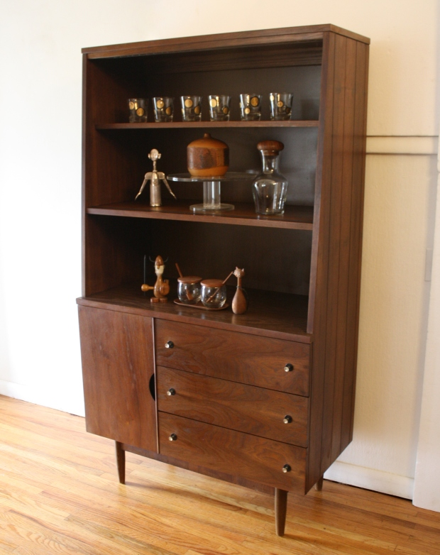 Stanley hutch shelf unit 1.JPG