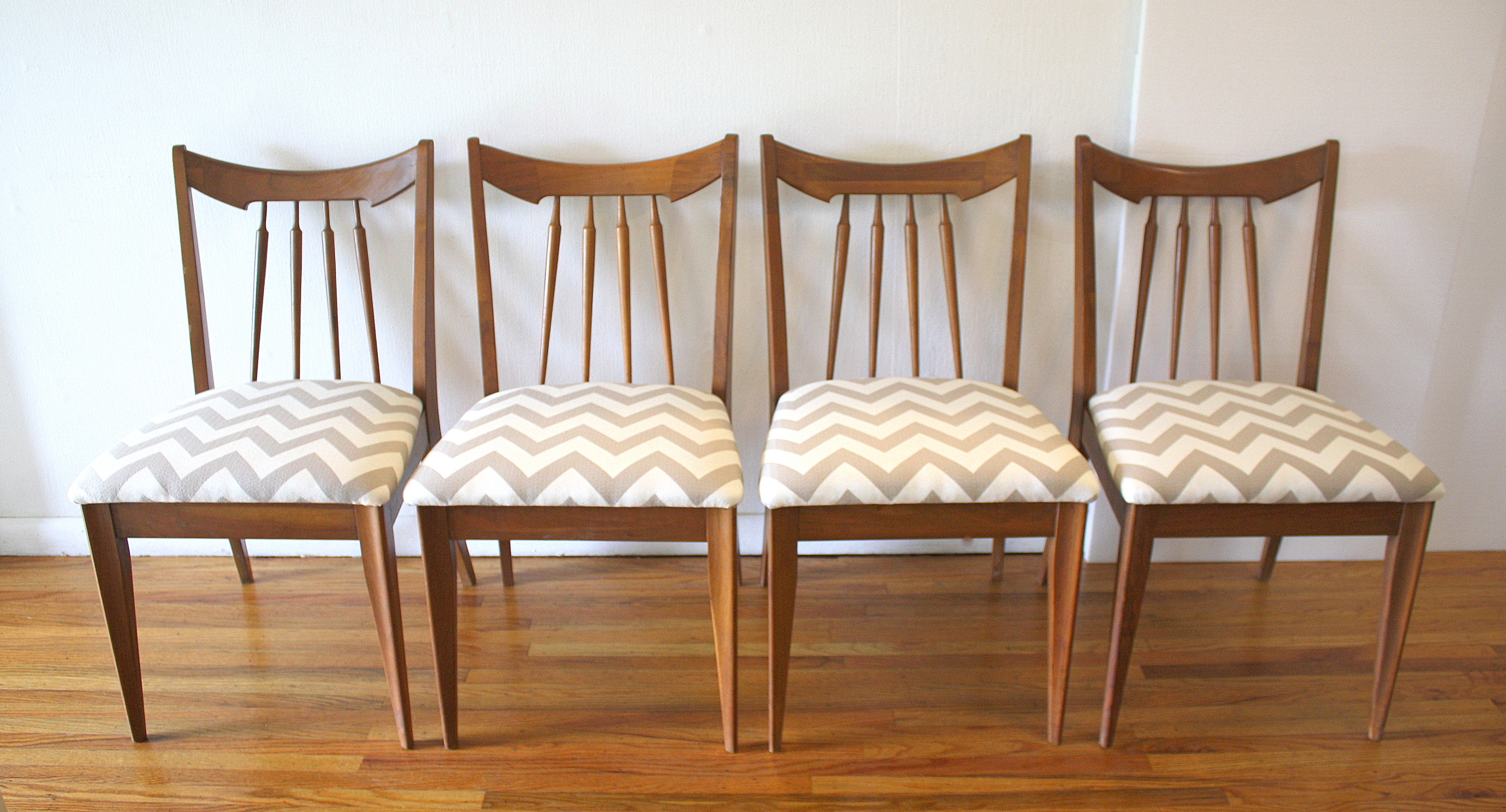 mcm set of 4 dining chairs gray chevron 1.JPG