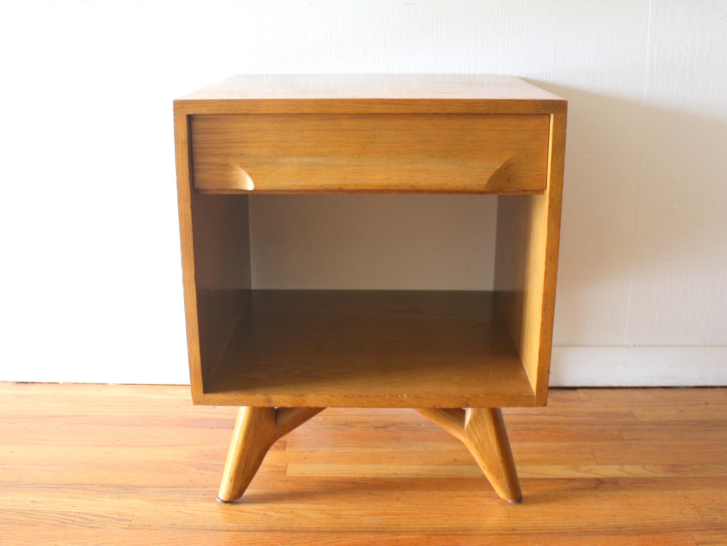 Mid Century Modern Side End Table By Jack Van Der Molen