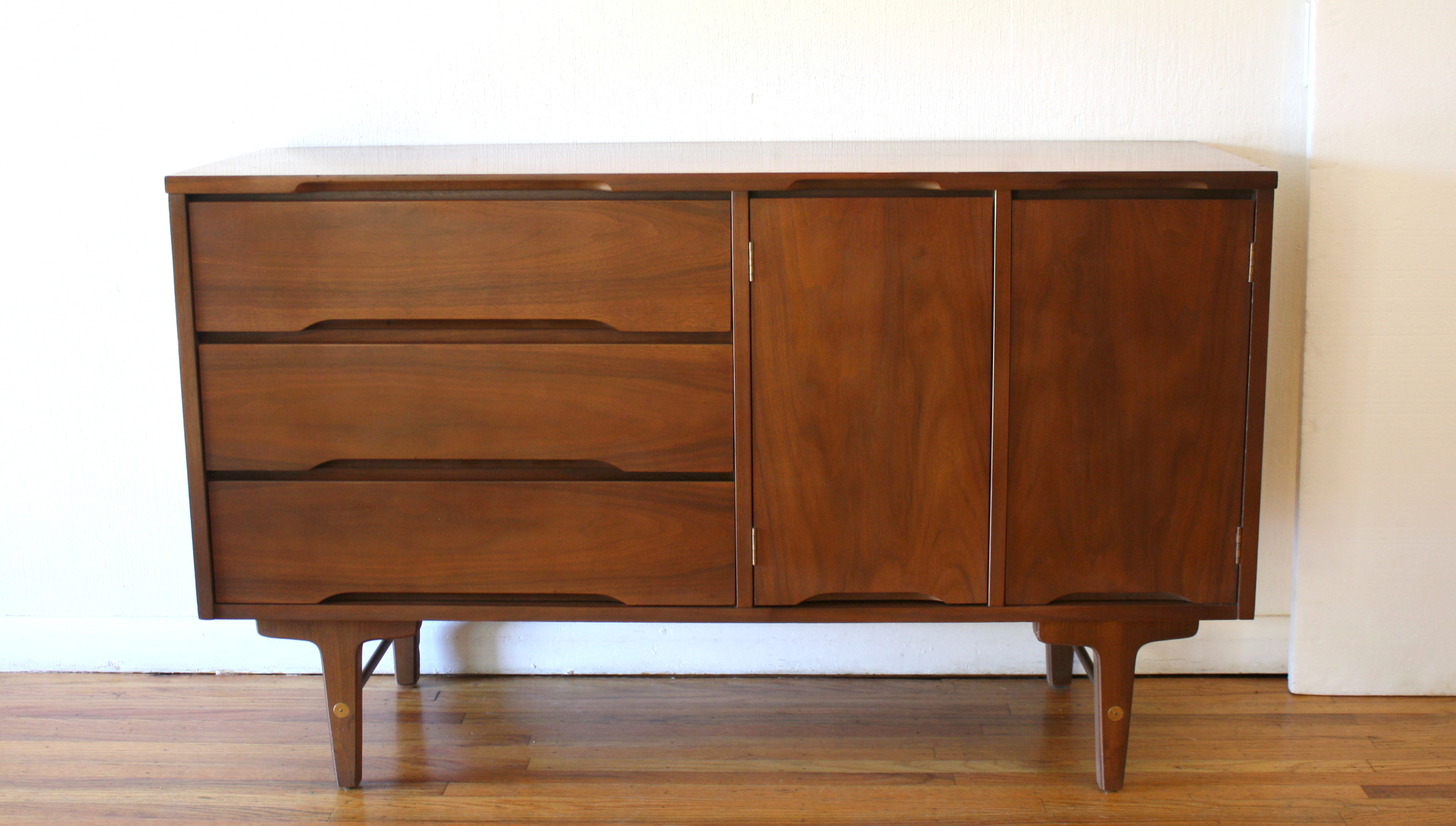 Stanley credenza with side cabinet 1.JPG