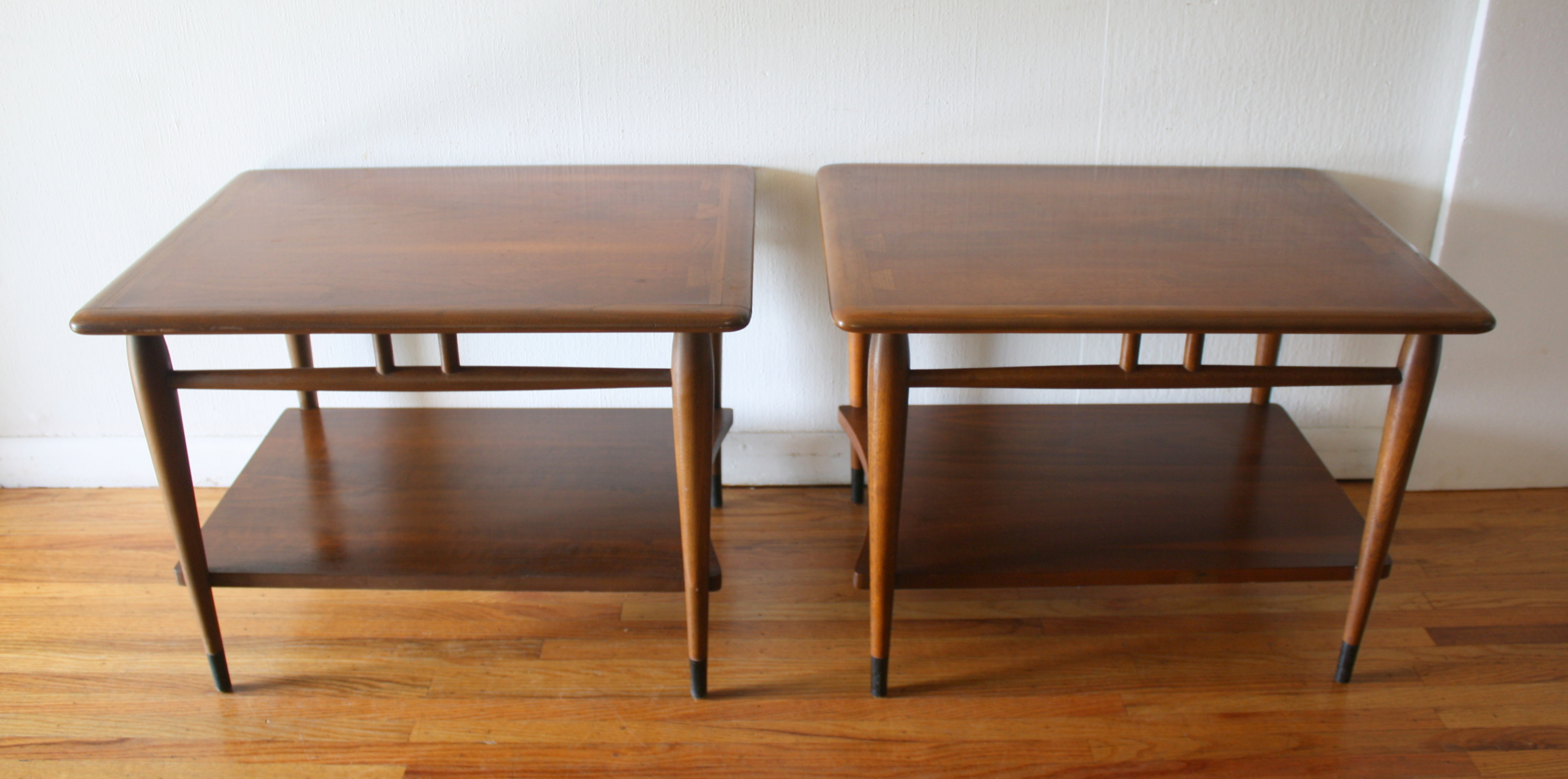 Lane Acclaim pair of side end tables 1.JPG