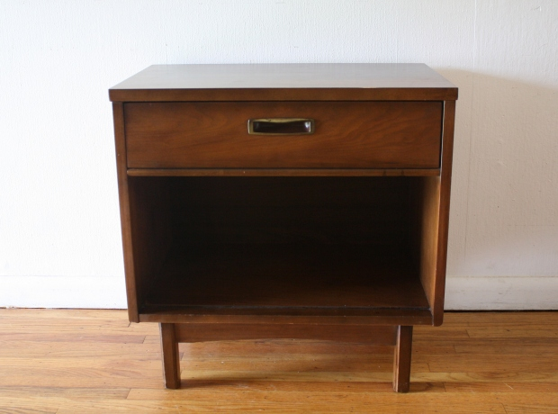 mcm nightstand curved brass handle 1