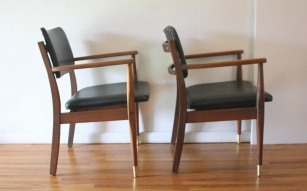 mcm pair of black naugahyde Gregson chairs 2