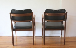 mcm pair of black naugahyde Gregson chairs 3