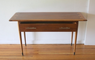 Lane Acclaim console table 3