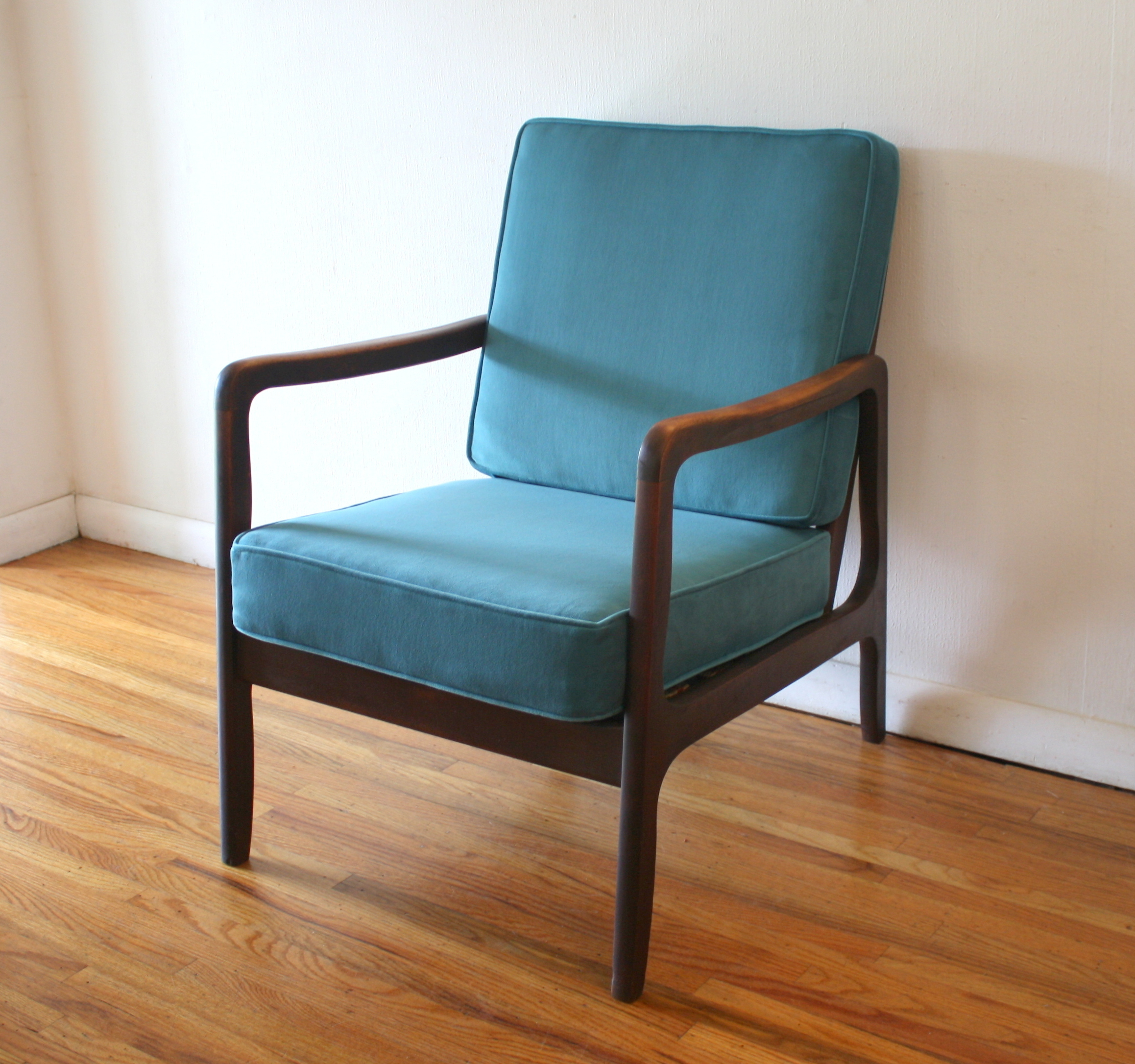 mcm arm chair teal velvet cushions 1.JPG