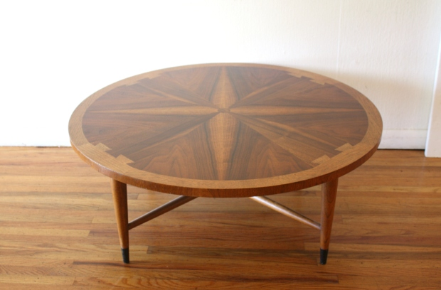Lane Acclaim round coffee table 3.JPG