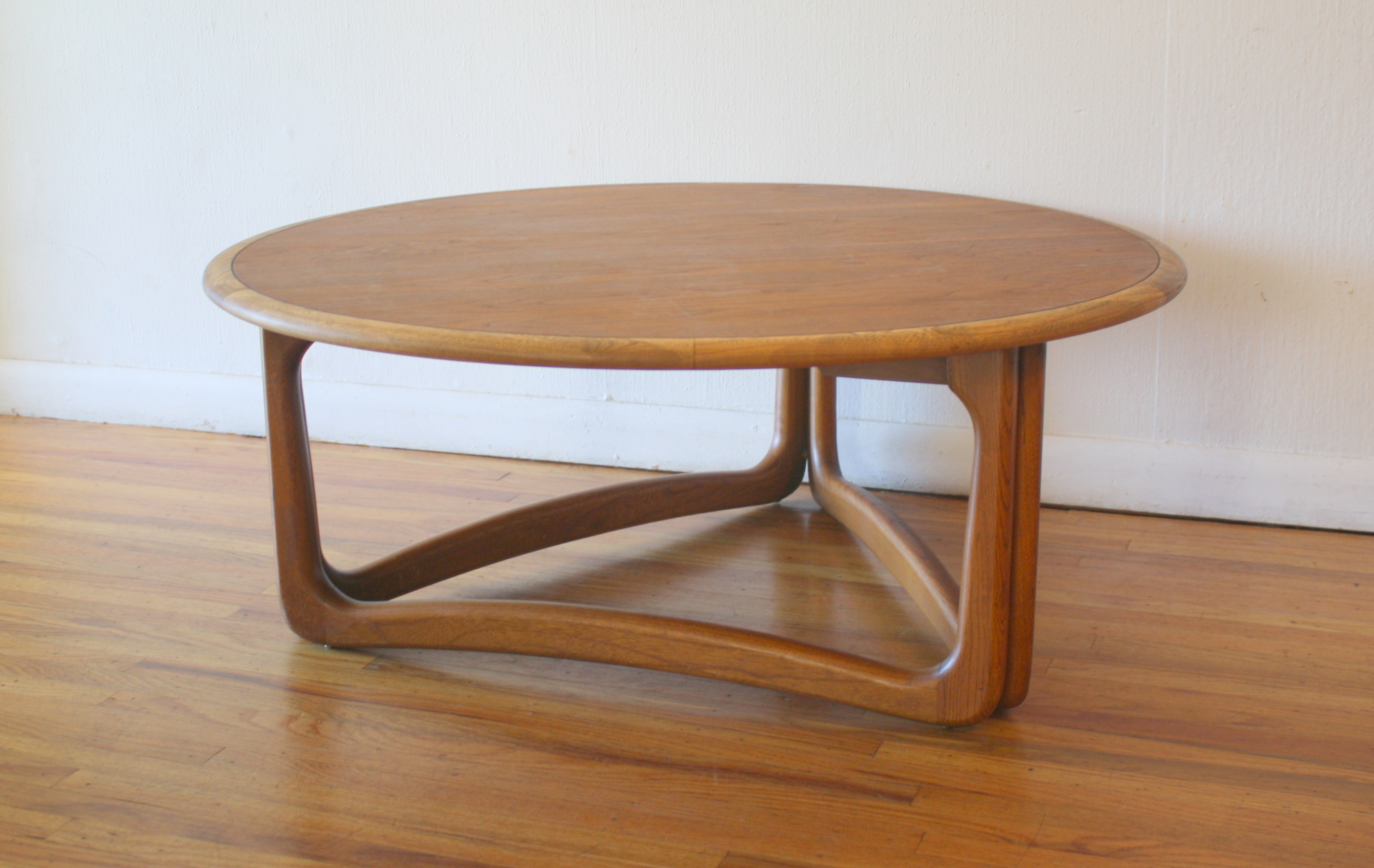 Mid Century Modern Round Coffee Table By Lane Picked Vintage