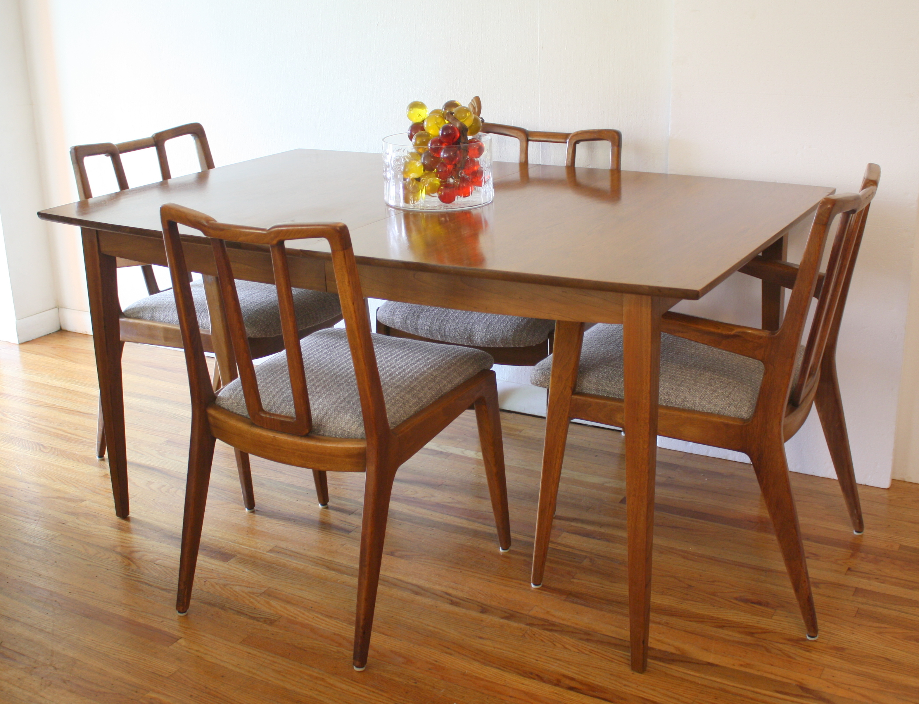 mcm dining table with John Stuart chairs 1.JPG