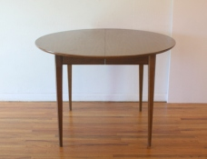 mcm round dining table 1