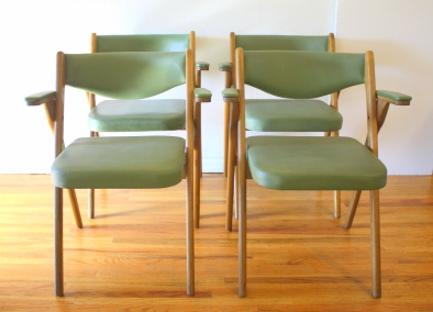 Coronet avocado folding chairs 1