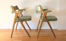 Coronet avocado folding chairs 4